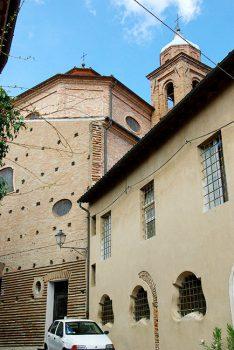http://www.santarcangelodiromagna.info/wp-content/uploads/2016/02/12sx_Chiesa-SS-Caterina-e-Barbara-234x350.jpg