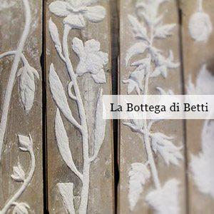 http://www.santarcangelodiromagna.info/wp-content/uploads/2016/02/La-Bottega-di-Betti-300x300.jpg