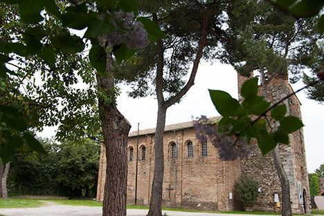 http://www.santarcangelodiromagna.info/wp-content/uploads/2016/06/la-pieve-2-468x313.jpg