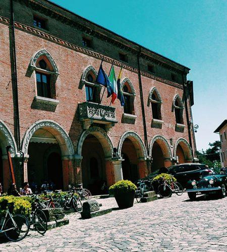 http://www.santarcangelodiromagna.info/wp-content/uploads/2018/02/Rocca-di-Verucchio--450x500.jpg